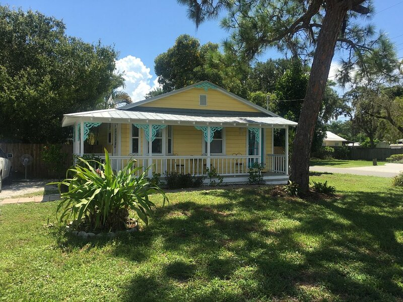 Convenient Cottage Close to Beaches and Pet Friendly, vacation rental in Osprey