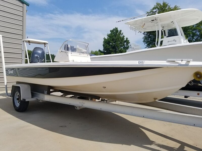 BOAT Rental Only - Scout 192 Sportfish Center Console - Yamaha 150 Outboard, holiday rental in Summerton