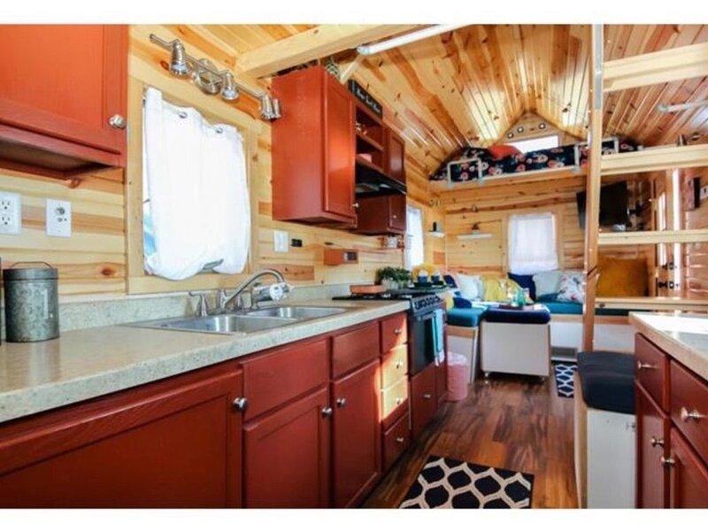 Shady Beach Resort, Lake Sarah Darling Tiny Home, casa vacanza a Victoria