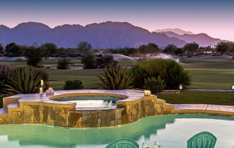 Luxurious Modern VILLA AZUL at PGA WEST Golf Club, casa vacanza a Mecca