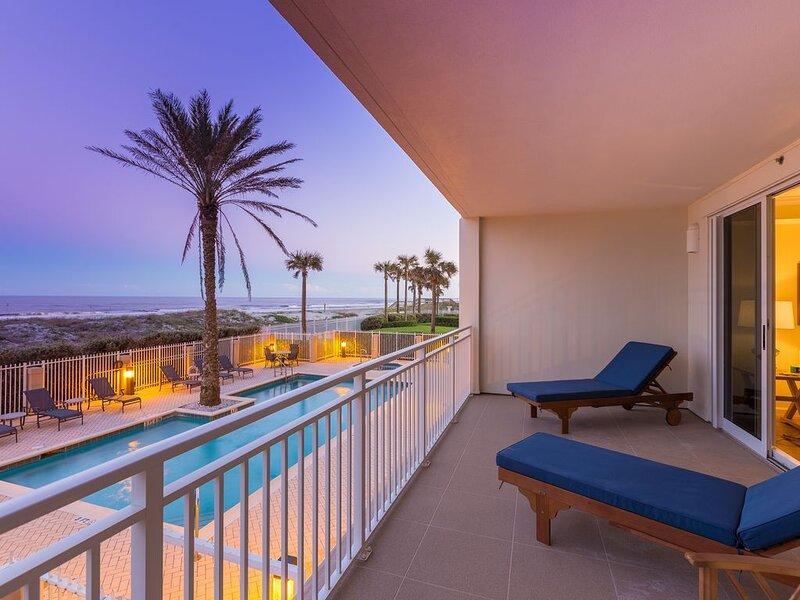 Hunter's Dunes- Oceanfront Condo- Jacksonville Beach, FL, alquiler vacacional en Jacksonville Beach