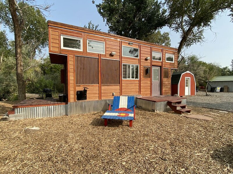 Gorgeous Tiny House on private 70 acre ranch, alquiler vacacional en Cedaredge