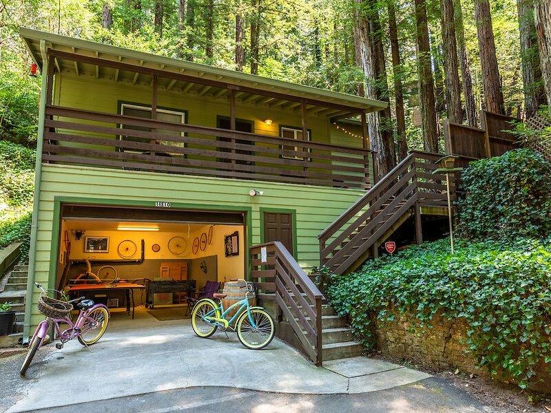 'Vino Velo'HotTub,Redwoods,Deck !, alquiler de vacaciones en Guerneville