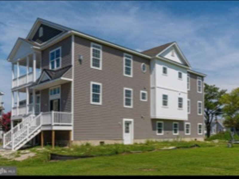 Beach house within walking distance to Bethany Beach and downtown Bethany, holiday rental in Bethany Beach