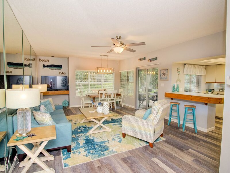 Snowbird discounts!! First floor unit!!, holiday rental in Sandestin