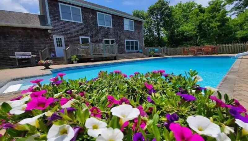 Newly renovated Westhampton escape near beach, holiday rental in Westhampton