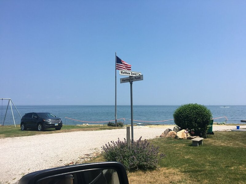 Lake Erie Cottage Getaway With Private Beach Access – semesterbostad i Girard