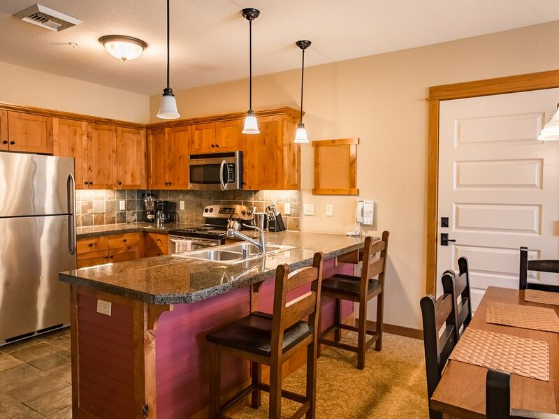 One Bedroom Condo * Morningstar Lodge--Silver Mountain, holiday rental in Kellogg
