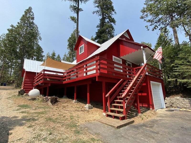 The Lookout Cabin - Shaver Lake - West Village, casa vacanza a Shaver Lake