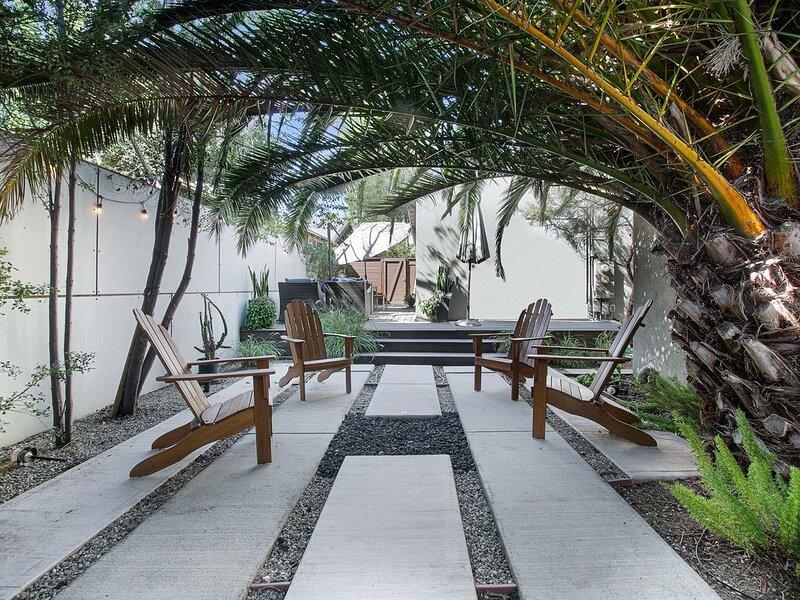 Stylish 2 bedroom 2 bath with sublime private garden, location de vacances à Marina del Rey