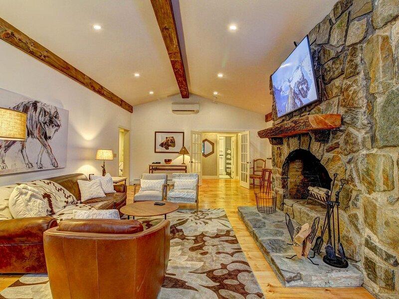 Chalet O'Bear * Stratton Mt, holiday rental in Bondville