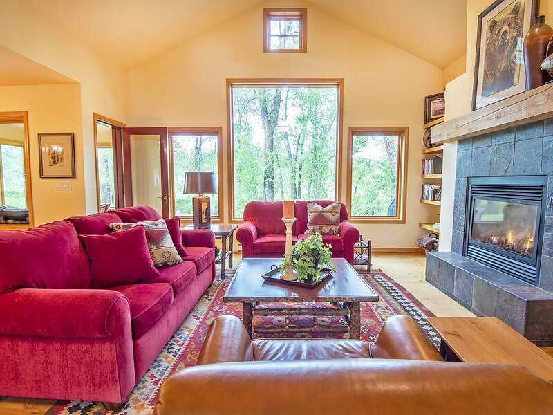 Teton Creek Home 1 -  Perfect For Your Adventure In The Mountains!, holiday rental in Driggs