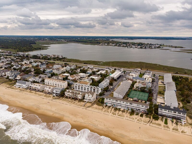 Ocean Block, Work/school virtually from the Beach! The water is warm! discount., holiday rental in Bethany Beach