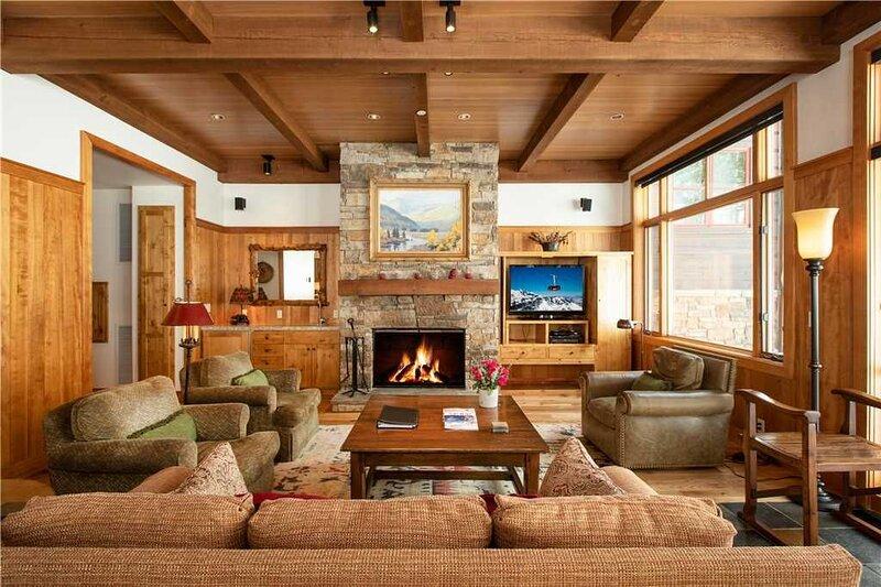 RMR: 4 BR Ski In/Out Granite Ridge Lodge w/ Hot Tub, location de vacances à Moose