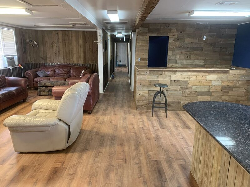 Sausalito South-Large Clean Houseboat, holiday rental in Empire