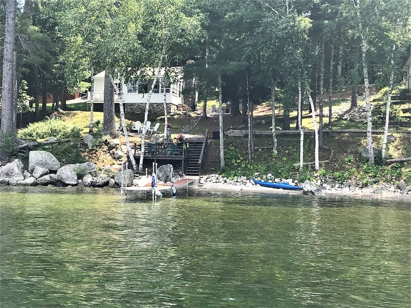Sebago Lake... charming  2 bedroom  WATERFRONT cottage. Dock, mooring, & SUNSETS, vacation rental in Raymond