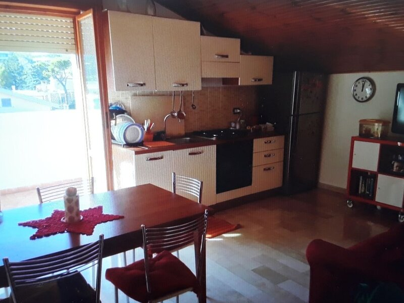 Very nice apartment very close to the sea (5 min by walk), vacation rental in Spoltore