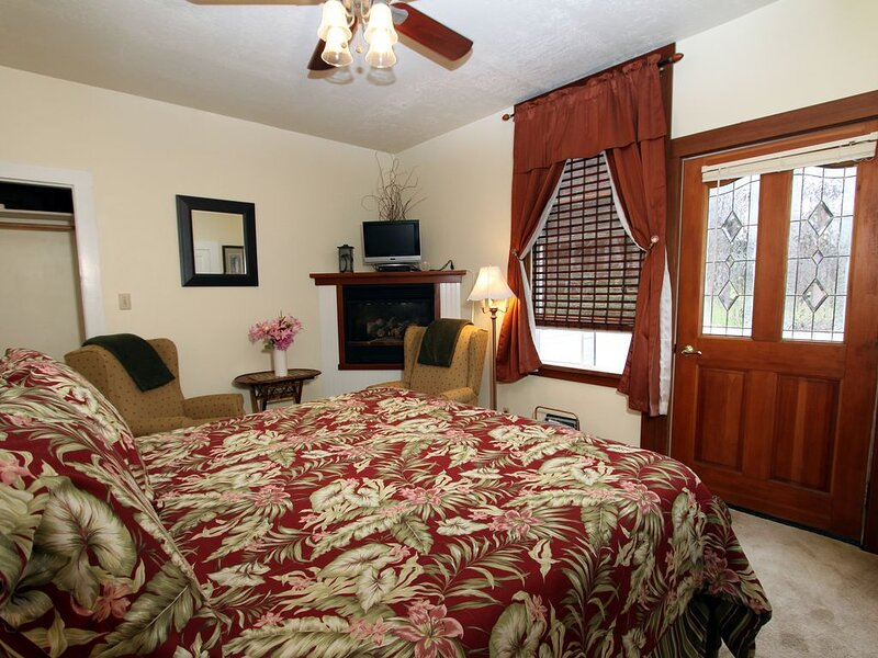 Elk Cove Inn & Spa Garden View Pet Friendly, alquiler de vacaciones en Elk