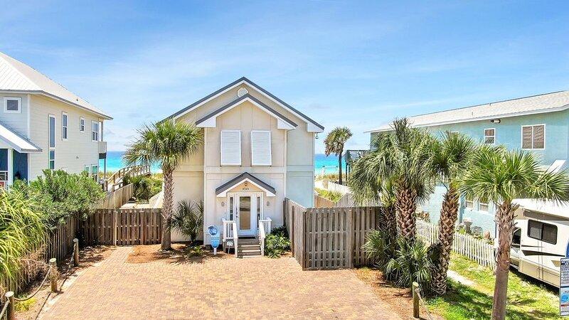 6 BR/6BA Beachfront Home with Splash Pool, alquiler de vacaciones en Panama City Beach