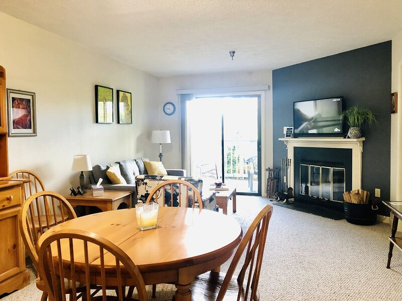 The mountains are calling...you MUST go!, holiday rental in Davis
