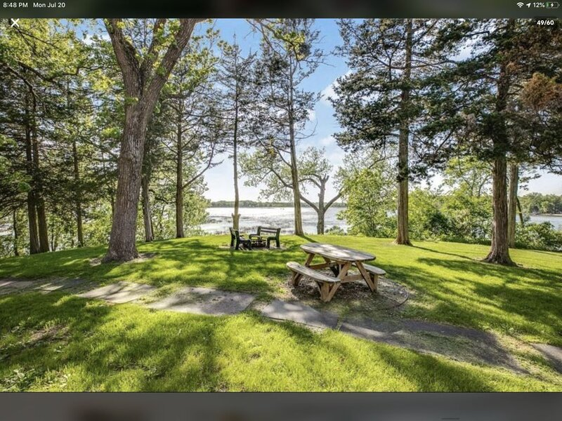Maple Hill Resort Lodge on Clearwater Lake, holiday rental in Waite Park