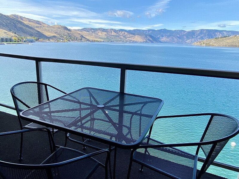 2 Bedroom, 2 Bath Executive Suite (sleeps 6) at the Grandview on the Lake, aluguéis de temporada em Chelan