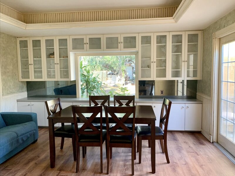 Freshly Updated Apartment close to Downtown & Beach, holiday rental in Sarasota