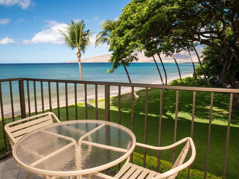KR205-South Maui Condo with Ocean and Park Views- Tranquil Beach Front Resort, holiday rental in Spreckelsville