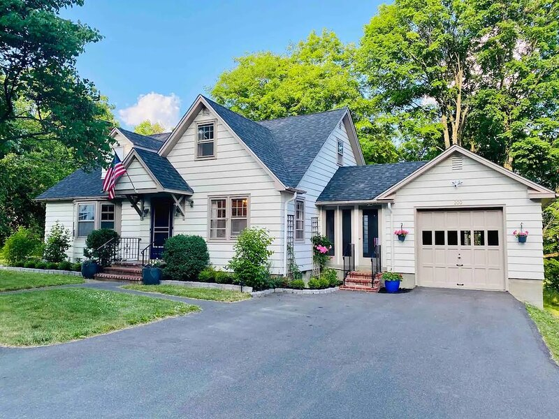 Charming Hudson Valley Country Home, vacation rental in Catskill