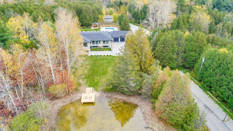 Large Estate-Family Vacations, Photo-shoots & Retreats, holiday rental in Caledon