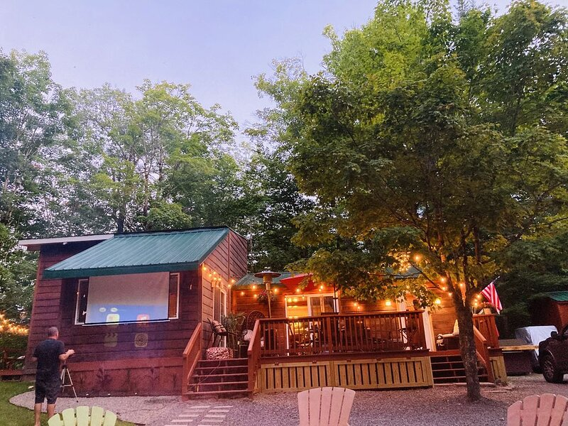 Your home away from home, casa vacanza a Old Forge