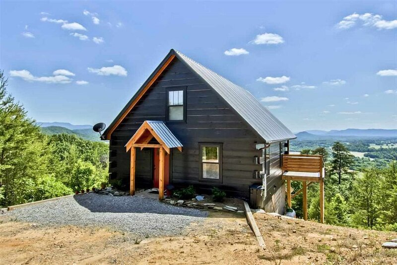 Skyline Cabin, holiday rental in Tellico Plains