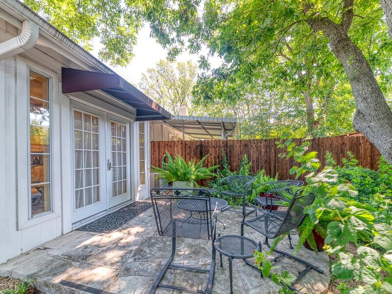Austin Texas. . Location, Location, Location Pet/ Smoke Free Property, Ferienwohnung in Austin