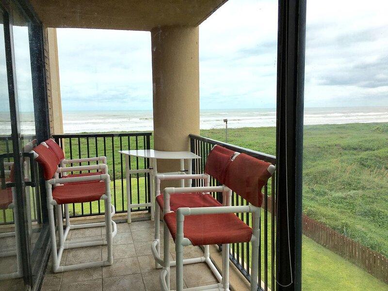 OceanView w/ direct beach access, beachchairs/boards, 5Min walk to Schlitterbahn, alquiler de vacaciones en Isla del Padre Sur