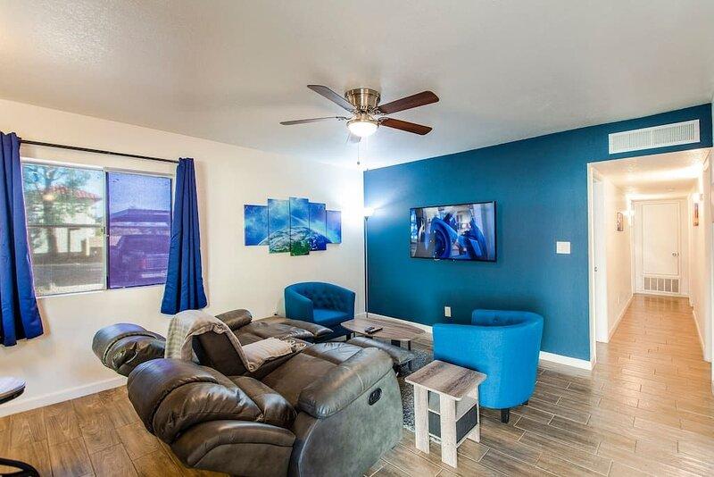 44A Modern Casa Grande large 1bd w heated pool 44A, vacation rental in Arizona City