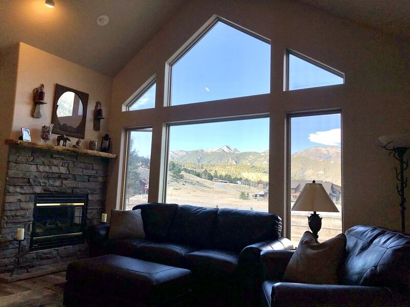 Beartooth;  Beautiful Big Sky & Yellowstone Vacation Home!, holiday rental in Big Sky