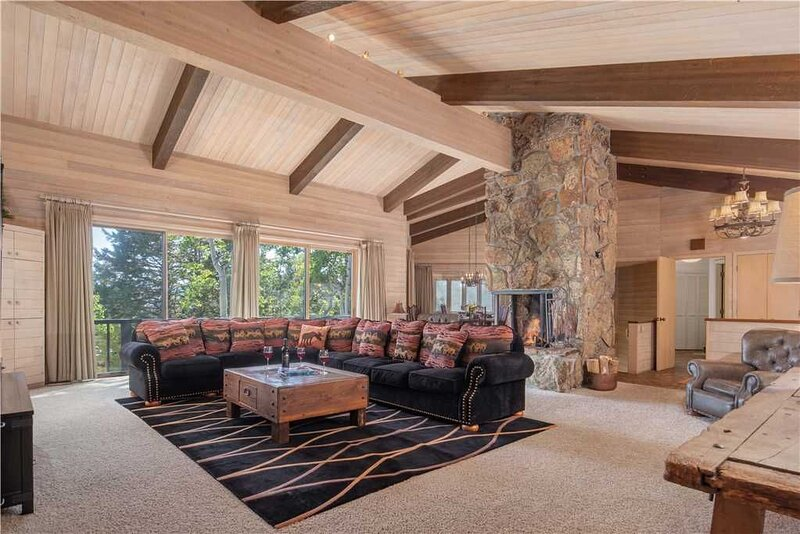 RMR: 5 BR Teton Village Home with Many Extras!, alquiler de vacaciones en Teton Village