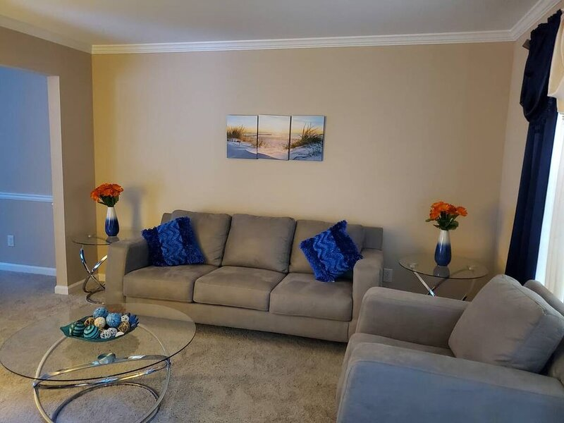Home Sweet Home!!!!!, holiday rental in Lawrenceville