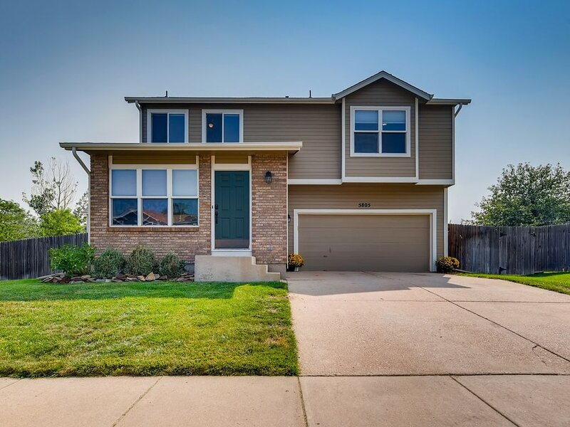 Perfectly located for a Colorado Springs Adventure, holiday rental in Cimarron Hills