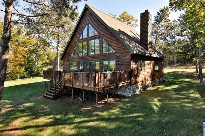 Lakefront cabin on Minong Flowage, holiday rental in Minong
