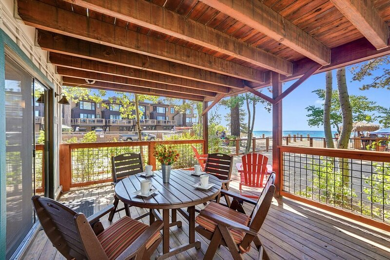 Whitecaps Lakefront on the Beach-Own Fenced Off Beach- King's Beach On Lake, holiday rental in Kings Beach