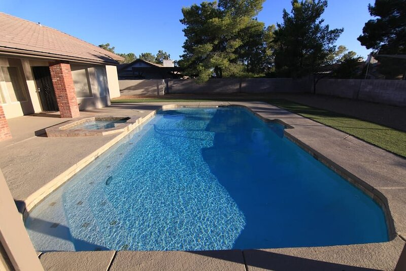 Lucerne · 35% Off Fall Special - Luxury Home Near Strip, holiday rental in Henderson