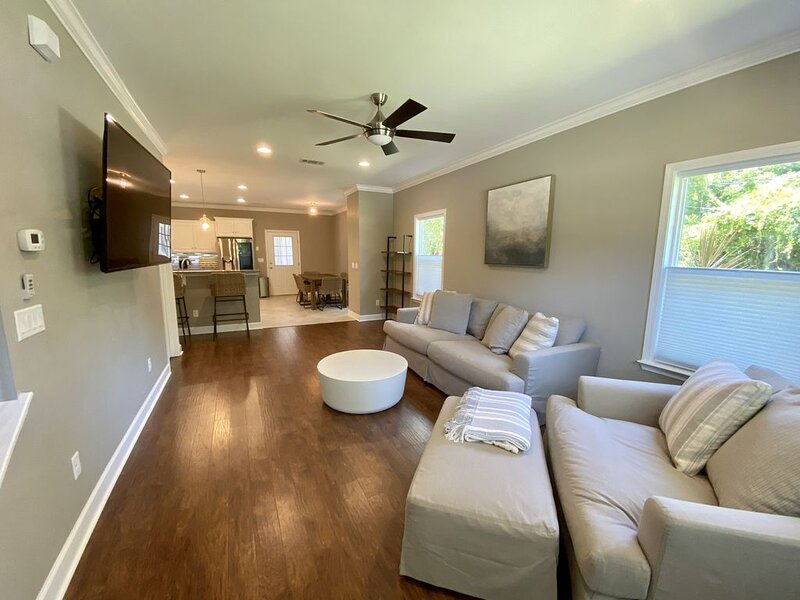 New Construction Home Steps From Historic Downtown Fernandina Beach, holiday rental in Yulee