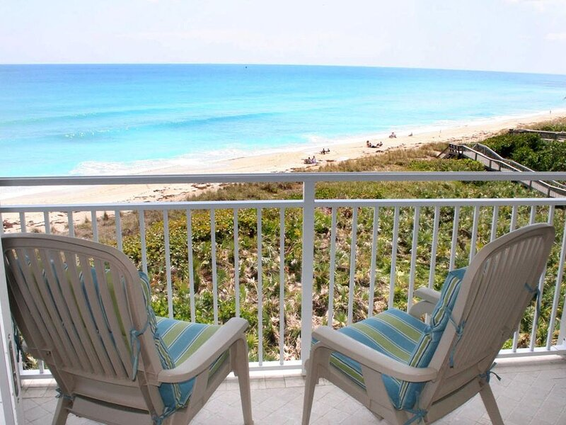 Private Oceanfront Condo at Hutchinson Island Marriott Resort, holiday rental in Stuart