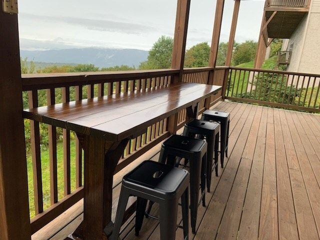Great location & gorgeous Mt views! Book now for your perfect get away., vacation rental in Banner Elk