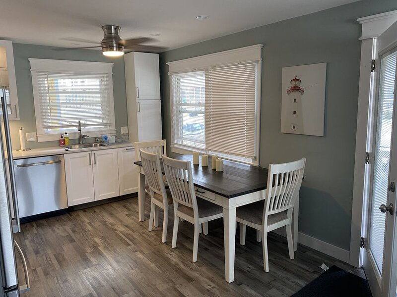 Bayside Retreat Unit 1, vacation rental in Beach Haven West