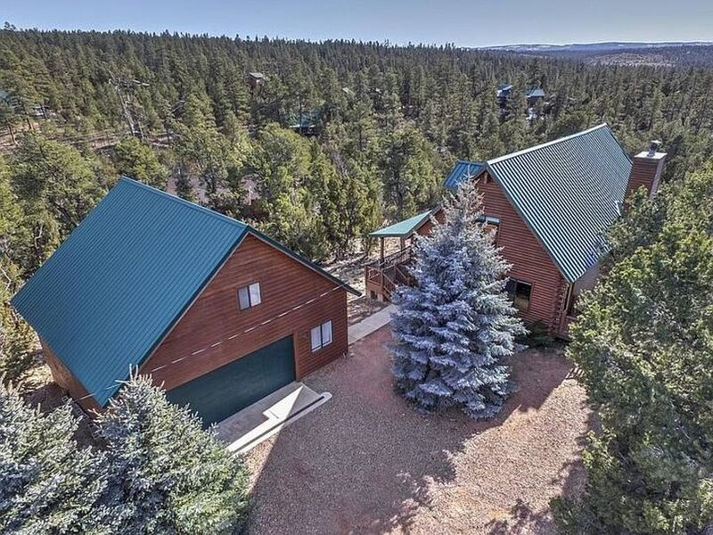 Private and secluded mountain retreat, holiday rental in Forest Lakes