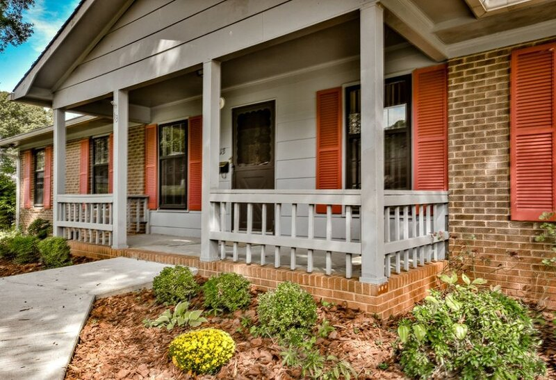 Peaceful Retreat Near highway, Lake Norman and Downtown Mooresville, aluguéis de temporada em Concord