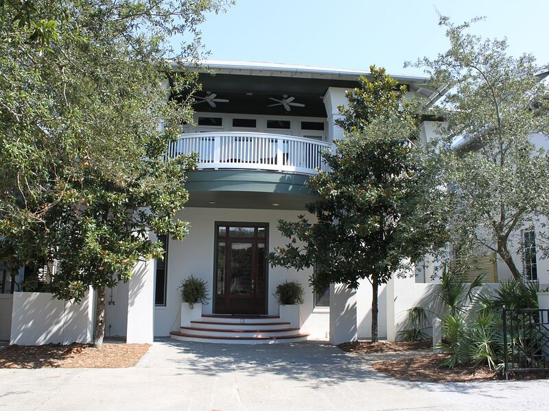 New Specials posted in description; book now! 5-stars! We are IN Rosemary, holiday rental in Rosemary Beach