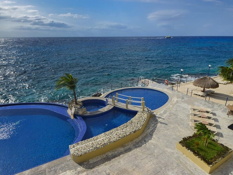 Luxurious Oceanview Condo in Cozumel, vacation rental in Cozumel